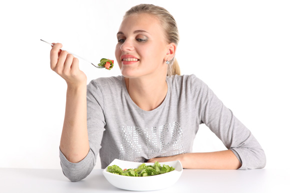 How To Lose Weight With Intuitive Eating: 4 Quick Tips